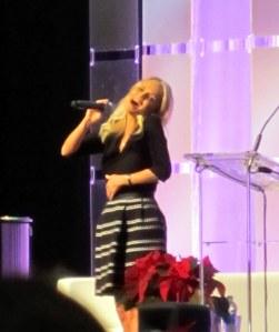 Kristin Chenoweth sings