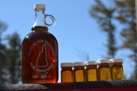 Hatch's Maple Syrup in Glass with grading samples