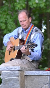 Livingston Taylor warming up in Londonderry NH