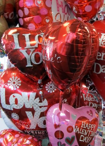 IMG_3200 Valentines Blog balloons