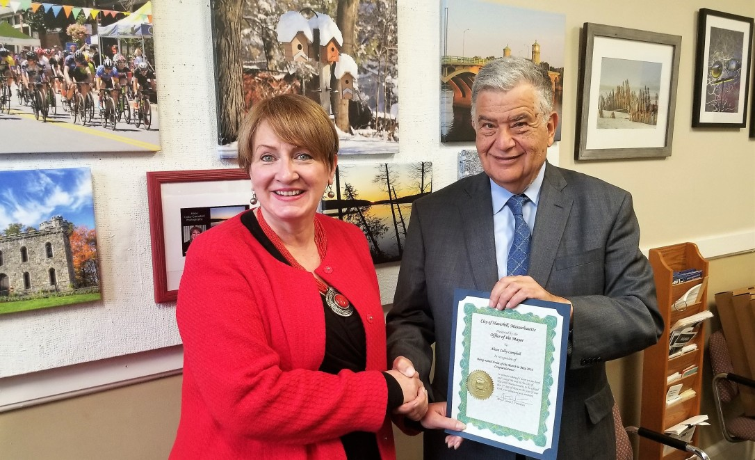 Alison Artist of the Month with Mayor Fiorentini 20190502_112725